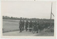Foto Soldaten -Wehrmacht Geländemarsch-Fahrrad  2.WK (W476)