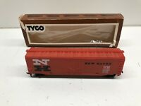 Tyco HO Scale New Haven Train Car