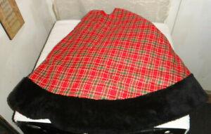 """Christmas Tree Skirt Red Buffalo Plaid with Faux Fur Trim 48"""""""