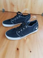 Mens Size 9 Black Pumps From Voi