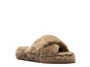 NIB Criss Cross Faux Fur slippers Women Size 7
