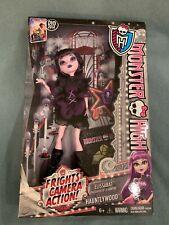 2013 Monster High - Frights Camera Action! Hauntlywood - Elissabat doll - MIB