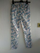 New Blue And White Denim Jeans Size 10