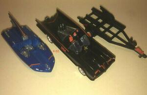 BATMAN 66 Adam West Batmobile n Batboat trailer HOT WHEELS vehicle toy 1:50