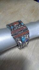 Beautiful Vintage Jade & Coral Silver Look Cuff Bracelet B2M4