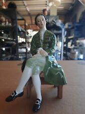 Royal Doulton Figurine Gentleman From Williamsburg Hn 2227