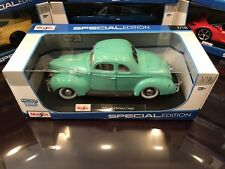 NEW Maisto 1:18 Scale Special Edition Diecast Model 1939 Ford Deluxe (Turquoise)