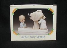 PRECIOUS MOMENTS BABY'S FIRST PICTURE in Box, 1986 Olive Branch, E-2841 Retired