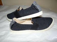 Women's ROXY Palisades slip-on Sneaker shoes sz 8 black gray stripe flat casual