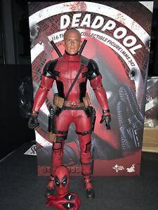 Hot Toys MMS347 Deadpool 1/6 Scale Exclusive Bonus Ryan Reynolds Head And Mask