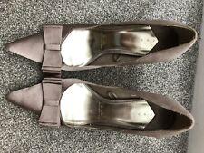 Dèbut Gold Mink Shoes Size 7
