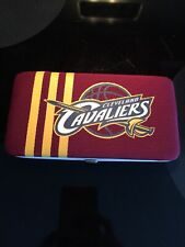 Cleveland Cavaliers Women Shell Mesh Wallet NBA Authentic by Little Earth EUC