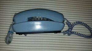 VINTAGE ,  DESK WALL TRIMLINE , PULSE /TONE TELEPHONE, POWDER BLUE - CONAIR