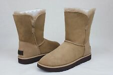 Ugg Classic Cuff Short Natural Suede Sheepskin Women Boot Size 8.5 US