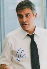 George Clooney Autogramm signed 20x30 cm Bild