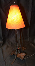 """Lampe sur pied verre et fer forgé """"Champignon"""" Art-Nouveau."""