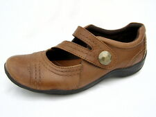 """Women's 7½M Clarks Artisan Mary Jane Shoes Brown Leather 1½"""" Heels Excellent"""