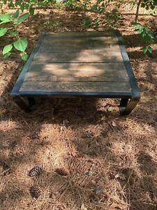 ANTIQUE INDUSTRIAL FACTORY RAILROAD PALLET COFFEE TABLE