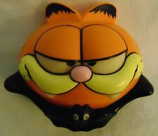 Collectible Garfield the Cat Vampire Halloween Glow In The Dark Door Knob Cover