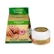 Foot Cream With Clove & Sandalwood repairs & softens rough, hard & cracked heels