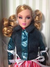 Dynamite Girls London Calling Collection Doll Holland Integrity Nrfb