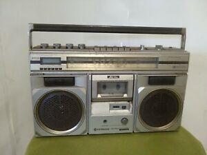 Retro Hitachi Vintage Ghetto Blaster TRK-8300E