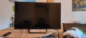 TV LED Sony KDL32RE400 80x40