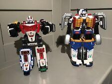 Power Rangers SPD-dx Omega Megazord y DX Delta Squad Megazord. Transformador.