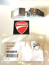 Gancio serbatoio Originale DUCATI Monster S2R S4R 1000 S4RS cod.76040061B