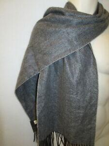 Club Room Men's woven 100% Cashmere Scarf Herringbone Gray Charcoal New