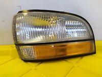 91-96 BUICK PARK AVENUE LEFT PARKING LIGHT SIGNAL LAMP 574406
