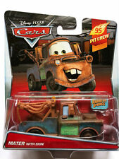 CARS - MATER (CRICCHETTO) WITH SIGN - Mattel Disney Pixar