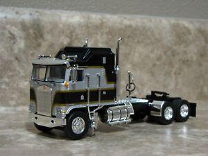DCP 1/64 Silver Black Kenworth K-100 Aerodyne Cabover Semi Truck Farm Toy