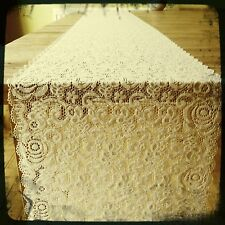 1 Light Beige/Ivory Finest Vintage Style Lace - Table Runner