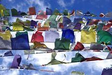 25 drapeaux à prières Tibétains Bouddhisme Népal Tibet