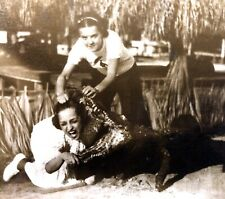 RPPC Girl Pulling Friends Head Out Of Gator Mouth 1940s Florida Unused Everglade