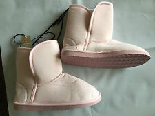 BNWT Ladies Australian Size 8 Rivers Brand Pastel Pink Mid Length Slipper Boots