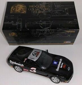 Dale Earnhardt Sr #3 GM Goodwrench 1999 Corvette Brookfield 1:24 Car