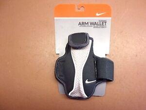 NIKE Lightweight Running Arm Wallet Black/Grey Adult New in Original Package