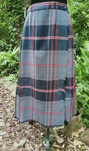 TARTAN SCOTTISH CHECK SKIRT BLACK WHITE RED MARGOT PLEATS SIZE 12 KILT WAIST 30""