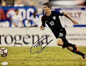 Christian Pulisic USA (Men's National Team) Signed 11x14 Photo JSA V31341