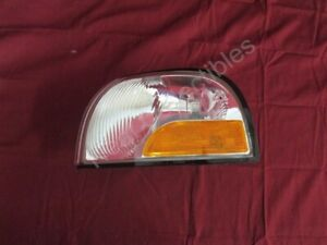 NOS OEM Mercury Villager Park Light Side Marker Turn Signal 1999 - 02 Left Hand