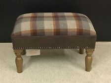 Footstool upholstered in 100% wool PLAID