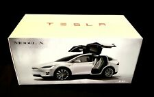 Tesla Model X P100D White 1:18 Scale Diecast Car - New Never Opened
