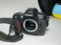 Nikon D100 6.1mp Camera Body with Battery and Charger parts or repair