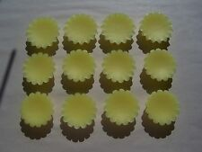 12 Tarts - Wax Melts - Hand Poured - Super Scented - 12 Honeysuckle
