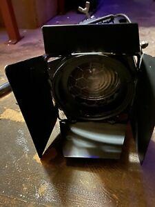 Strand Quartet F Stage Lamp, 650W Fresnel Wash Theatrical Light - Stage Lighting