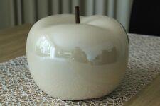 Deko Apfel 22cm Keramik weiß creme glasiert glänzend Objekt Dekoapfel Figur Obst