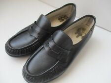 SAS Handsewn in USA Ladies Size 8.5 M Black Leather