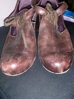 Vialis Dark Brown Leather Heels Size 38 Closed Toe US 8 Made In Spain